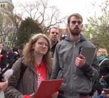 Našliapnuť na revolúciu: Dokument Sorošove deti odkrýva pozadie slovenského protestného hnutia