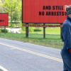 Tři billboardy ukrývají nečekaně lidský příběh