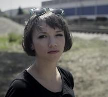 """""""Môj film bohužiaľ pokračuje v skutočnosti."""" Mečiar Terezy Nvotovej prináša bystrý, vysoko osobný vhľad do Slovenska 90. rokov"""