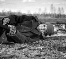 Nekompromisní Nabarvené ptáče Václava Marhoula poletí do Los Angeles bojovat o nominaci na Oscara