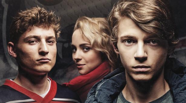 Film Smečka zavede diváky do hokejového prostředí a upozorní na šikanu v mládežnickém sportu