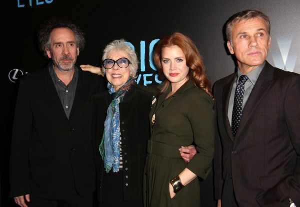 Zleva: Tim Burton, Margaret Keane, Amy Adams a Christoph Waltz © Sonia Moskowitz/Zuma Press