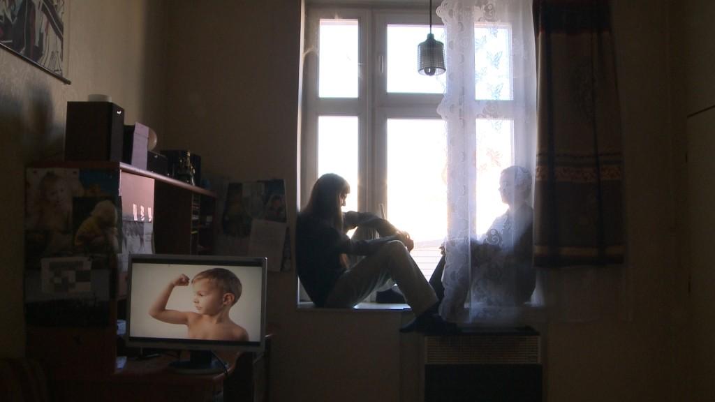 Danielův svet_Albert a Dan na okne_Artcam